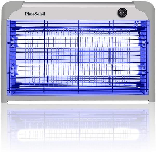 Lampe anti-moustique qui permet d'exterminer les moustiques, ceux-ci étant attirés par la lumière UV